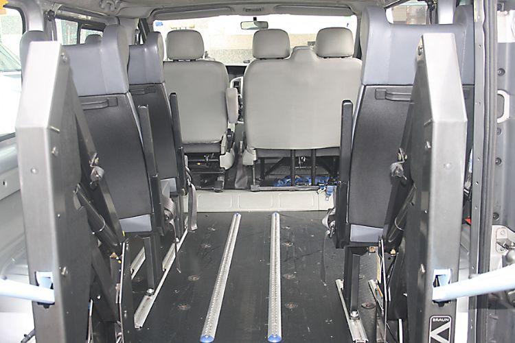 Vendiamo opel vivaro allestito per il trasporto disabili for Mobili westfalia